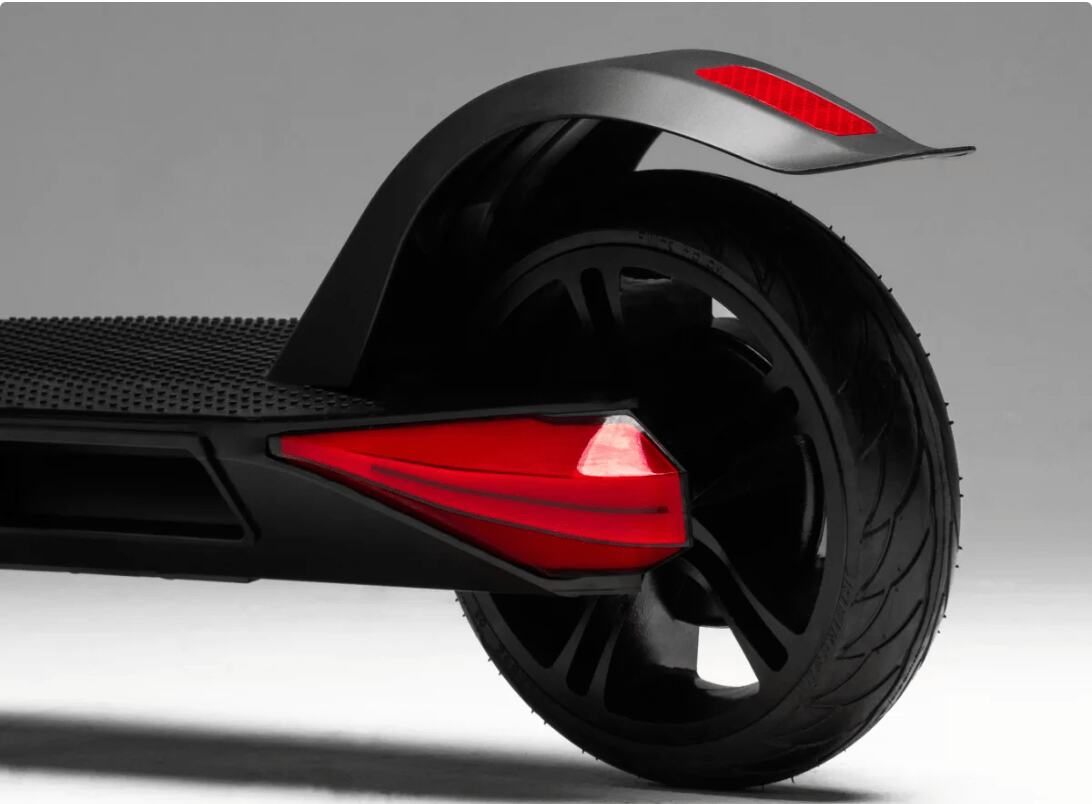 Solid Tyres of Bird Zero Dockless Electric Scooter