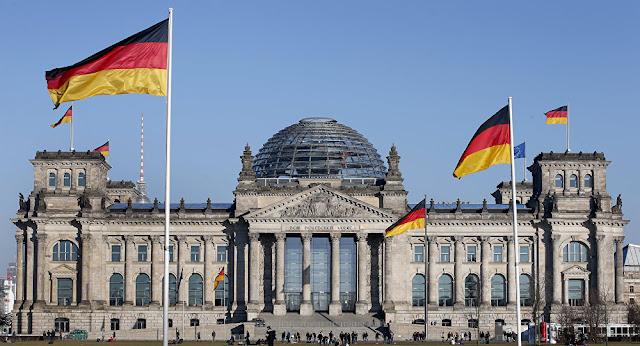 Το Βερολίνο ξύπνησε και το έθνος - κράτος