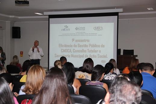 Instituto Aiba e parceiros promovem encontro com foco na política de atendimento da criança e adolescente