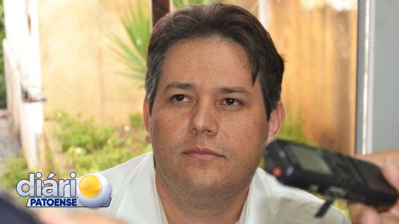 Contrato entre Prefeituras de CG e Patos não é reconhecido, e Dinaldinho é multado