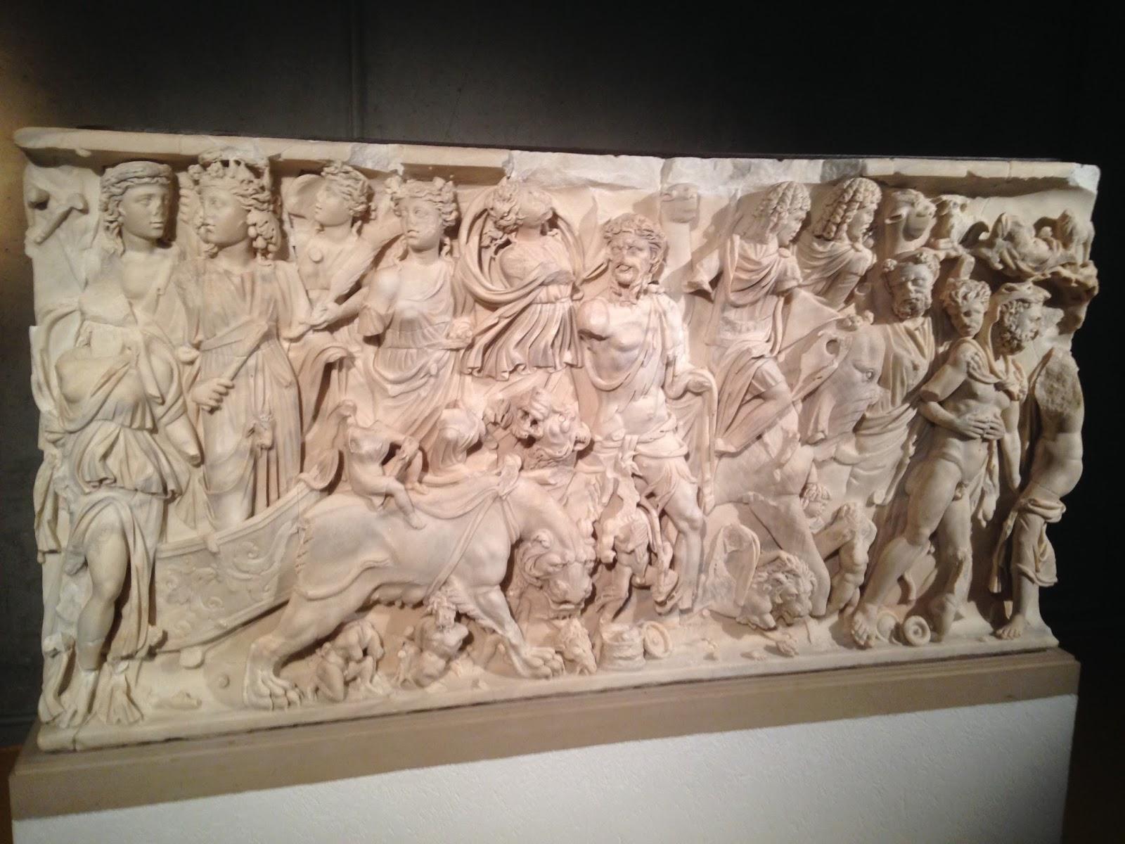 Le triomphe de Bacchus, Marbre, découvert à Saint-Irénée vers 1800