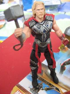 Thor Marvel Univese movie sword hammer battle strike Asgard Avengers