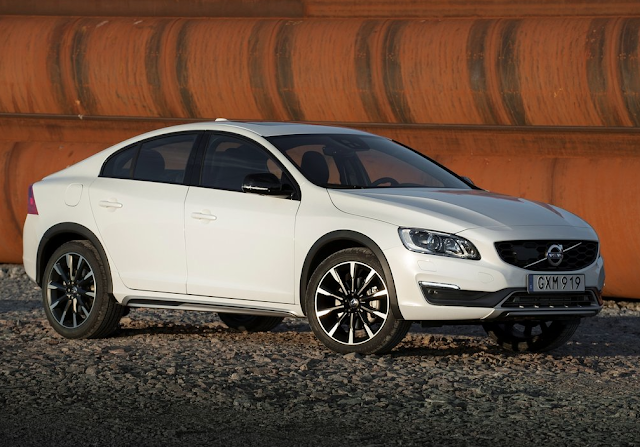 2016 Volvo S60 CC white sedan