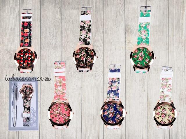 Set femenino como detalle de boda, bautizo o comunión. Conjunto de boli y reloj de flores shabby chic en diferentes colores.