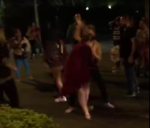 agresion a mujer en Guayaquil en discoteca de Urdesa