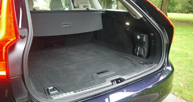Volvo V90 boot