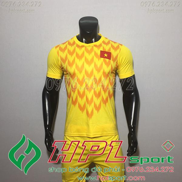 Áo bóng đá đội tuyển Việt Nam vàng 2019