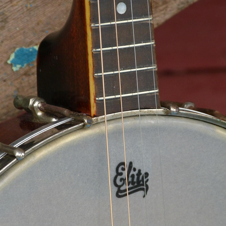 1920s Gibson-made Wolf Openback Tenor banjo