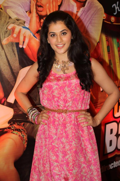gorgeous Tapsee photoshoot in pink