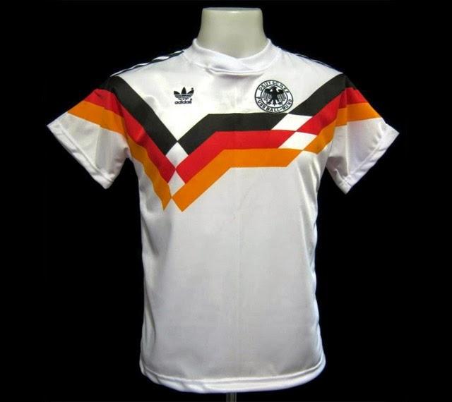 a0618d765e Botões para Sempre  Alemanha - Brianezi - 1990´s