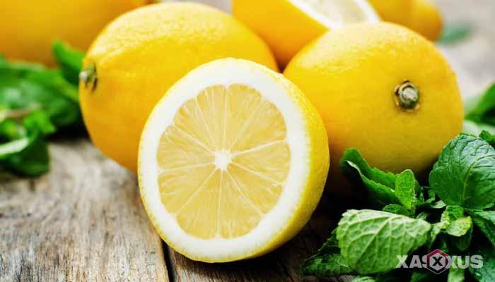 Cara menghilangkan bruntusan di wajah dengan lemon