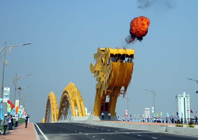 El Puente Dragón | Vietnam