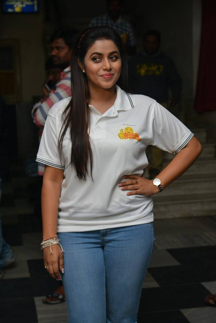Tollywood Actress Poorna In White T shirt Blue Jeans