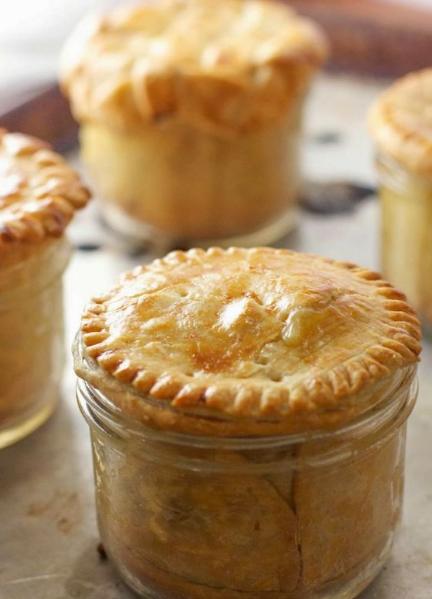 Chicken Pot Pie (in Mason Jars!)