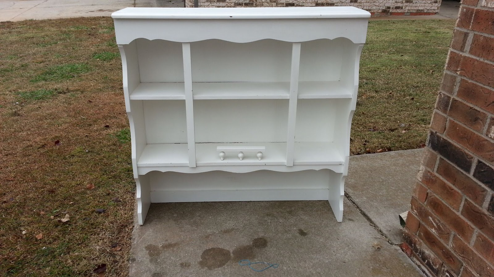 Vintage White Buffet Hutch (Oklahoma City) $75