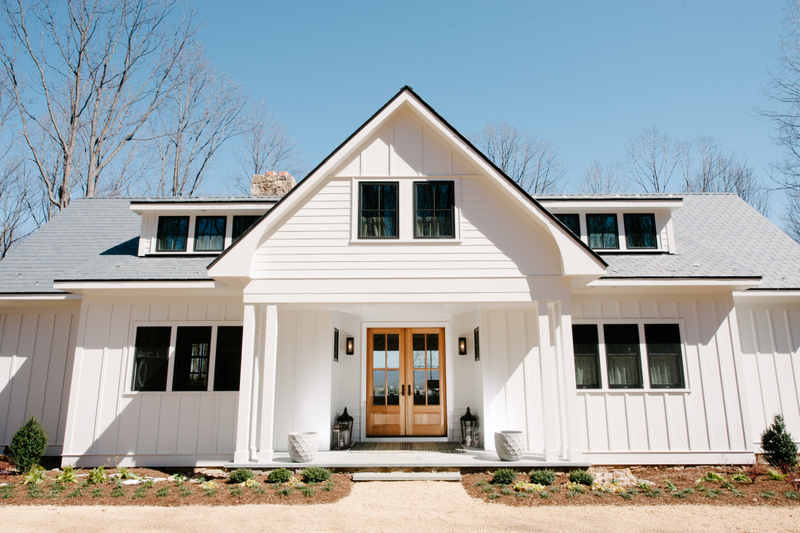 The 2017 bundoran farm show home in charlottesville for Modern farmhouse windows