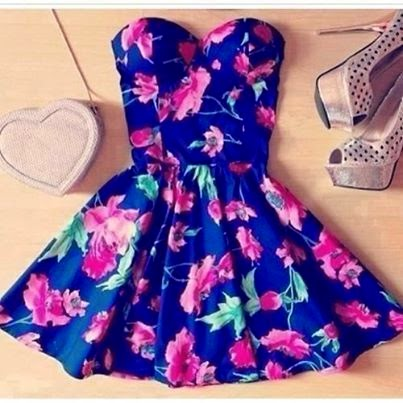 Adorable Floral Summer Dress Outfit