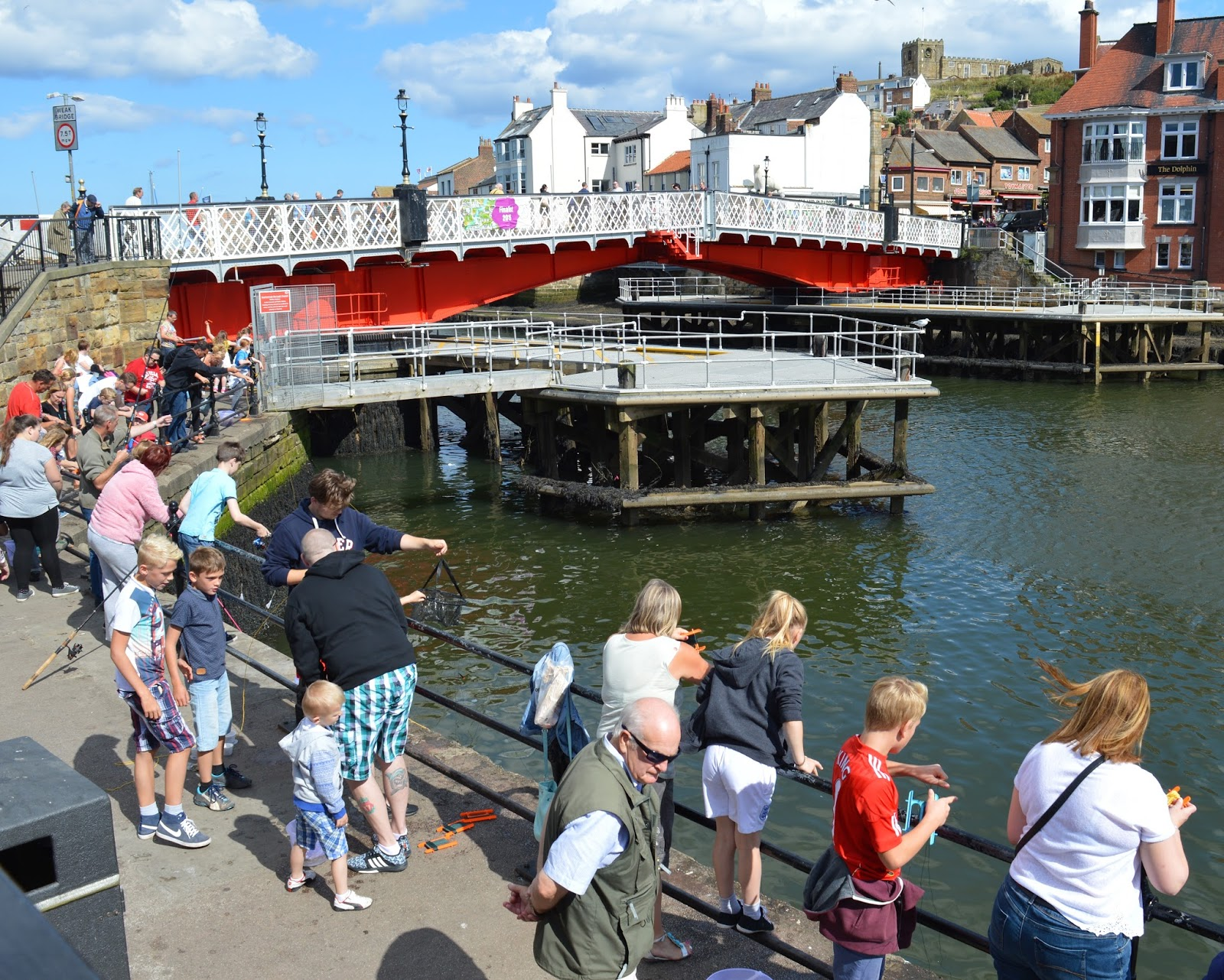 6 Day Trips to take with your Kids this Summer (that are less than 2 hours drive from Newcastle) | Whitby Day Trip (Whitby Harbour)