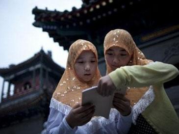 http://3.bp.blogspot.com/-vY0zIFcVZgs/T7VDl84IJaI/AAAAAAAAAKk/pZllAQTqTyQ/s1600/muslim-cina.jpg