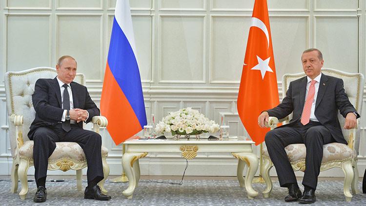 Putin llama a Erdogan y hablan por primera vez tras el derribo del Su-24 ruso