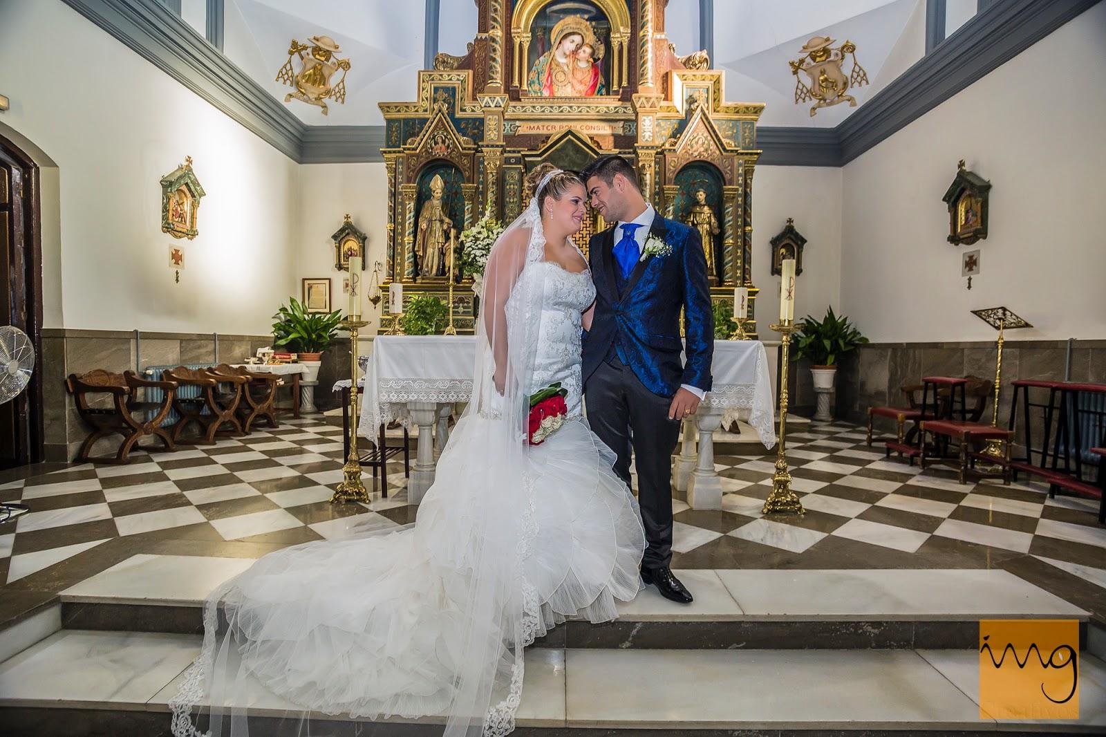Fotografía de boda en el altar