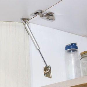 Engsel Hydrolic Dan Engsel Manual Pada Kitchen Set