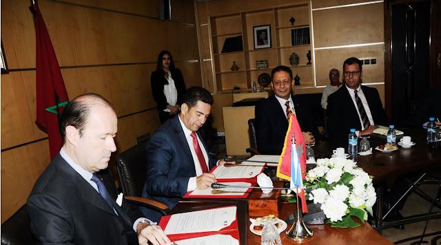 """توقيع اتفاقية شراكة حول """"برنامج التميز الفرنسي- المغربي للمنح الخاصة بالمدارس الفرنسية الكبرى"""""""