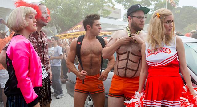 Chloë Moretz, Zac Efron e Seth Rogen são destaque nos pôsteres da comédia Vizinhos 2