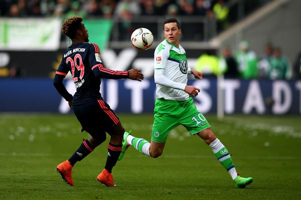 VfL Wolfsburg v FC Bayern Muenchen - Bundesliga( Coman bên tay trái)