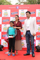 Kajol Looks super cute at the Launch of a New product McVites on 1st April 2017 12.JPG