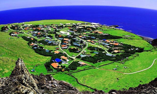 Pulau-pulau Paling Unik di Dunia