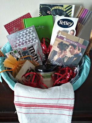 Tea and Notes Gift Basket, gift basket, tea, note cards, romance novel
