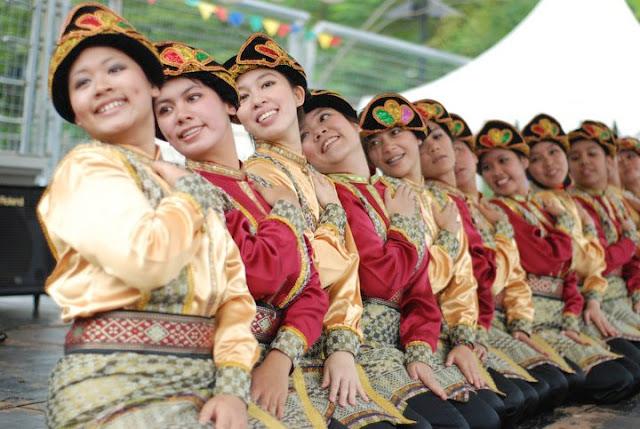 11 Hal Yang Harus Anda Ketahui Tentang Budaya Indonesia