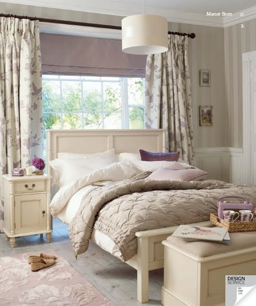 The Finds Of Decoration di Martine Laura Ashley 2012-9702