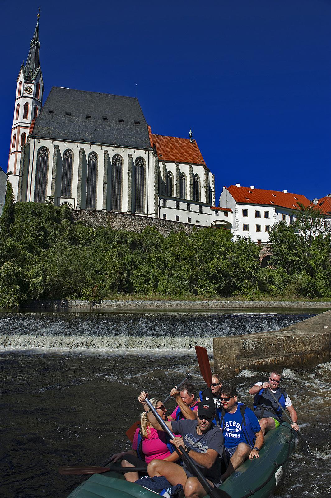 Český Krumlov, Czech Republic, rafting, Church of St. Vitus.