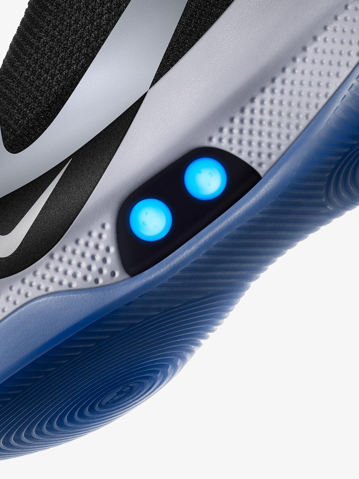 sale retailer 57dfc 6ad5f Revolutionäre selbstschnürende Nike Adapt BB ...