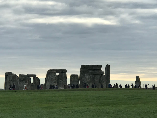 travel blog, stonehenge, karfelt