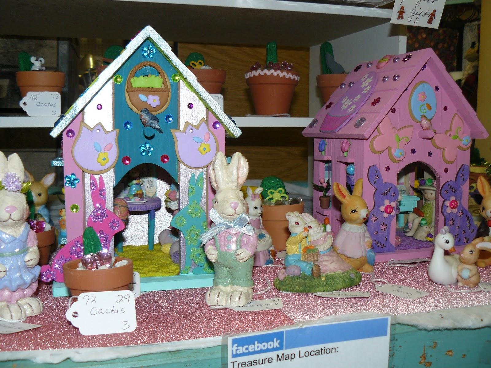 Scranberry Coop Hand Made Decorative Bird Houses