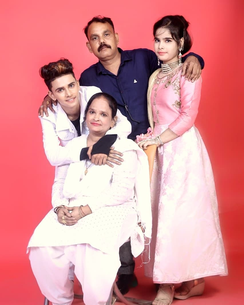 Lucky Dancer with his family