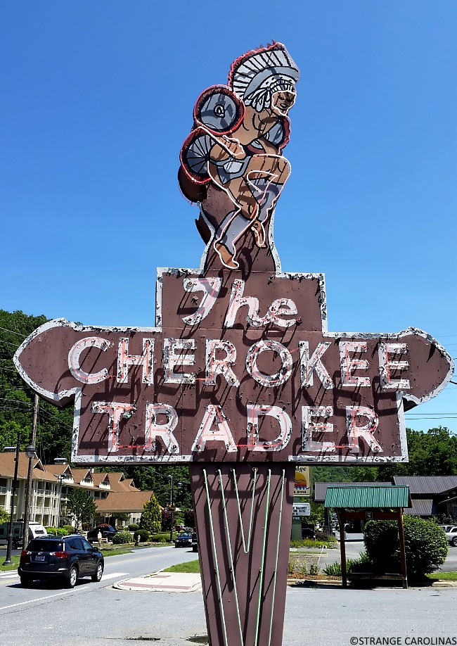 Smoky Mountains Shopping | Great Smoky Mountains in NC