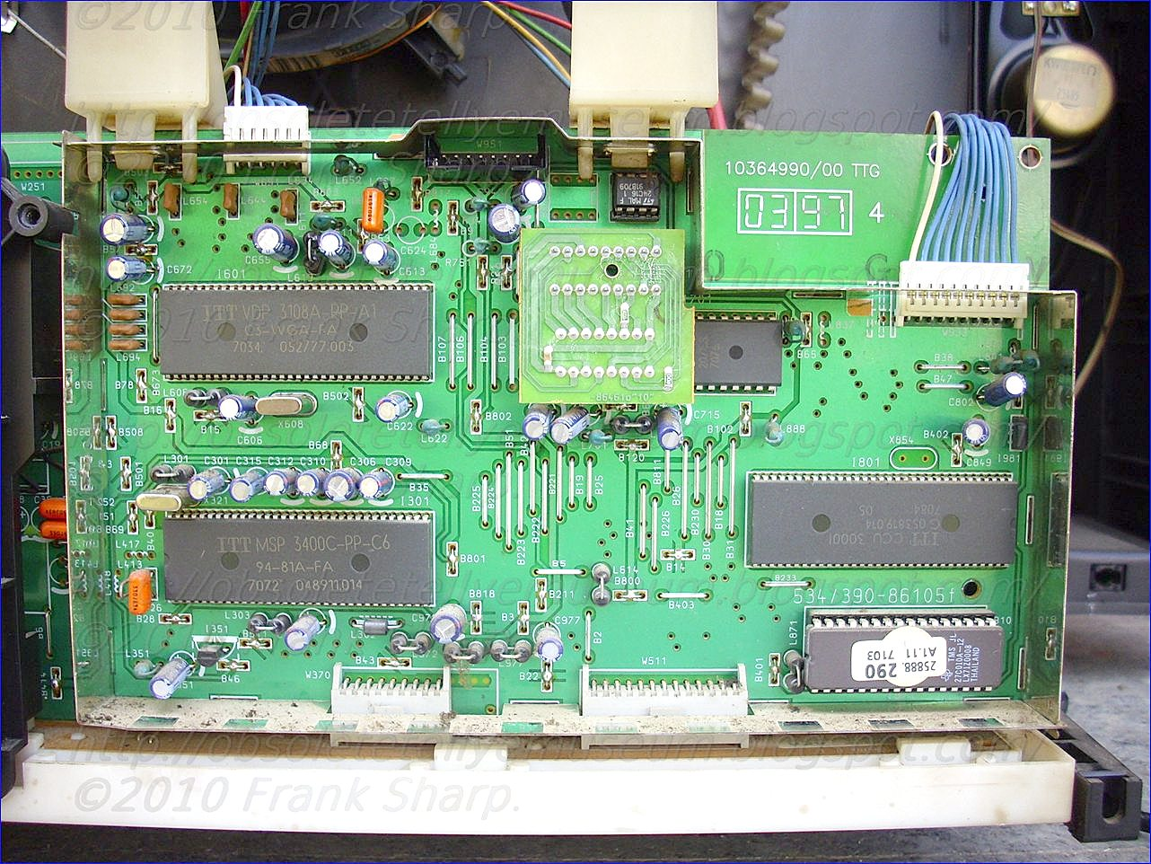 Obsolete Technology Tellye !: LOEWE CT1170 (Art No 57410L