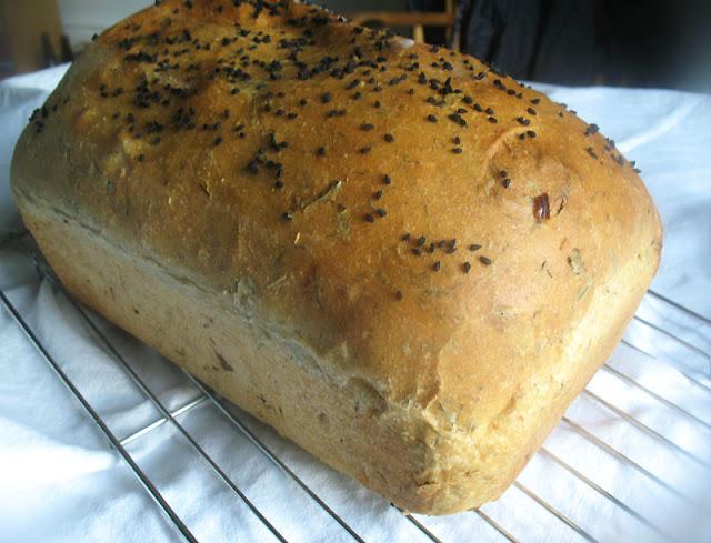Khara Bread (Indian Spiced Bakery-Style Bread)