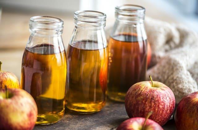 cuka apel untuk menghilangkan bekas jerawat di punggung