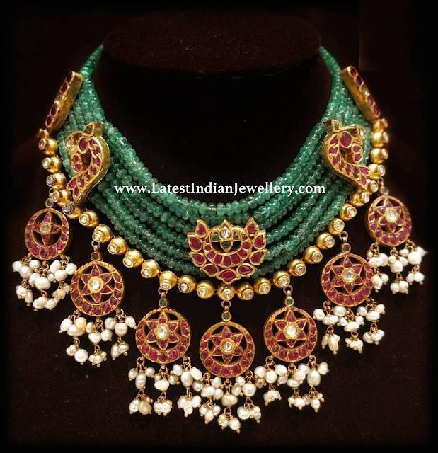 Kundan Motifs Emerald Beads Necklace