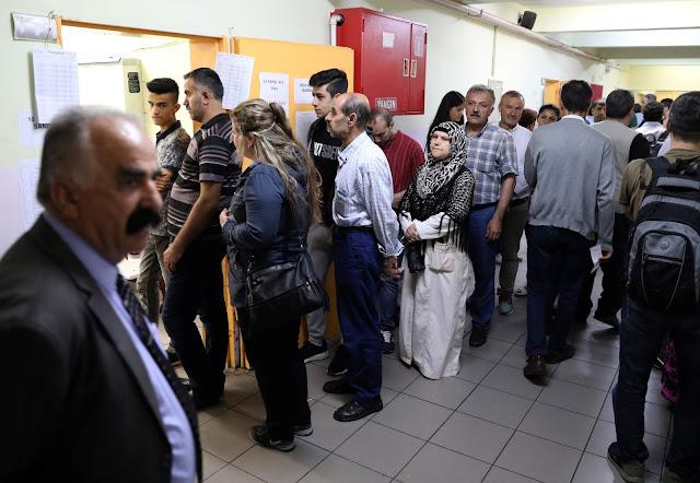 Η τουρκική αντιπολίτευση καταγγέλλει απόπειρες εκλογικής νοθείας