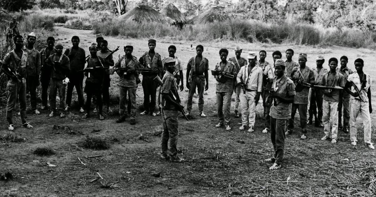 85af6d750 Luís Graça & Camaradas da Guiné: Guiné 63/74 - P13864: Armamento que  equipava um bigrupo do PAIGC em novembro de 1970 (Luís Dias, ex-alf mil, ...