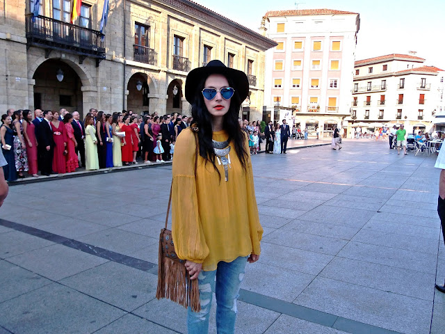 look, outfit, moda, fashion, walking, penny, lane, style, estilo, cool, boho, rock