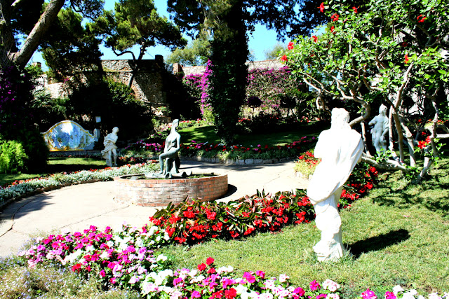 giardini di Augusto, fiori, giardini, statue, Capri, alberi, vegetazione
