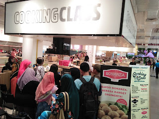 Bakso Bonanza Beef Cooking Demo Mom