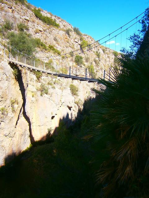 Los puentes colgante de Chulilla. Autor: Miguel Alejandro Castillo Moya